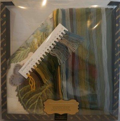 画像1: イギリス製 Elizabeth  Bradley ニードルポイントキット Hydrangea